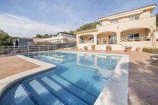 Villa en Tarragona - TH10 Magnifica casa con vistas al mar a 200m de la playa